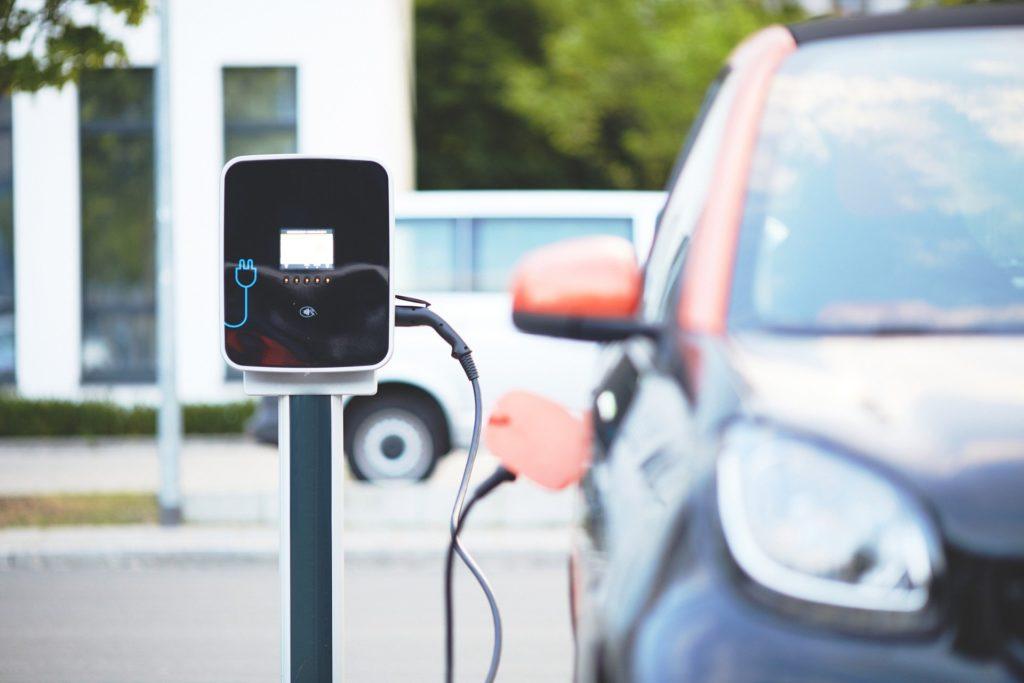 Mobeelity intègre les solutions d'autopartage et de véhicules électriques